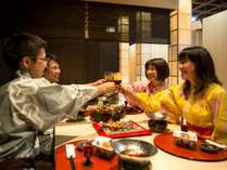 ★「新・食事処 宴の刻」お食事の一例。美味しいお酒と料理で楽しく会話も弾みます!
