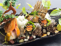 """【夏の活き鮮魚祭り】鮑にサザエ、地物の魚まで★獲れたてだけの""""味""""と""""歯応え""""を堪能!"""