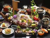 """◆舟盛り会席◆お刺身はやっぱり""""舟盛り""""でなくっちゃ!新鮮なお刺身をお腹いっぱいどうぞ♪"""