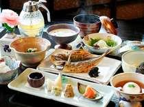 手作りにこだわった温かみのある朝食は和食となっております。【一例】