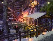 長野県冬の風物詩「氷灯ろう夢祈願」今年は12月27日~1月31日迄毎日開催。無料で灯火体験もできます。