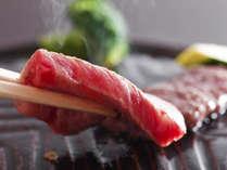 地元産の魚介と彩野菜をふんだんに使い、メインは淡路牛陶板焼ステーキを堪能≪料理イメージ≫