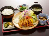【山梨名物・夕食付】ほうとう・わかさぎ・馬もつ煮からお好みでチョイス!
