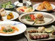 ステーキ&シーフード 六角堂では目の前でシェフの調理がお楽しみいただけます 料理(イメージ)