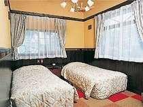 リーズナブル料金でとまれるオリエンタルツインSTタイプのお部屋(洗面・トイレ・テレビ冷蔵庫)