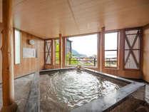 【展望風呂(昼)】世界遺産『厳島神社大鳥居』を一望できる展望風呂♪