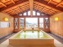 【展望風呂(昼)】檜の天然温泉展望風呂♪