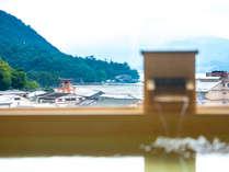 【展望風呂(昼)】世界遺産厳島神社大鳥居を一望♪