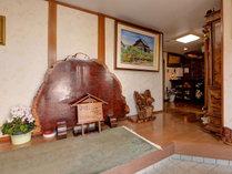 *玄関/木の温もりと、自宅の様な安心感が落ち着くと好評です