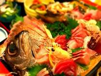 新鮮な刺身の盛り合わせプランで豪華な夕食をお楽しみください♪