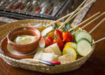 女性に大人気!炭火焼に、和風チーズフォンデュつき。奥深い味わいの秘密は白味噌!