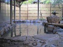 温泉は露天の開放感が醍醐味です!当館にはサウナはございません。