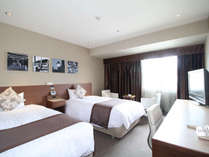 ■DXフロア モデレートツイン(一例)■高層階にあるお部屋。お部屋から長崎市街を一望できますよ♪