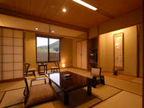 12畳の一番スタンダードな和室のお部屋です。定員は5名様までとなります。