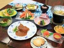 【イチオシ1泊2食】《白虎》『ずわい蟹』『特製スペアリブ味噌ワイン煮』と『白魚と筍の柳川風鍋』