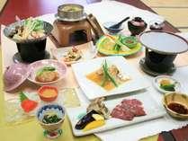 【おすすめ1泊2食】《青龍》『牛ハラミ陶板焼』と『若鶏のみぞれ鍋』と『特製豚の角煮』
