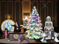 【11/5~12/25】 約5mのダイナミックに光り輝くカラフルなツリーが登場!