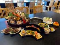 海鮮グリルと個々盛り会席料理(プレートは2人盛)