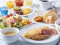 人気のKUWAHARAKanでご朝食をお楽しみください