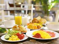 ご朝食は和洋約50種類の本格ブッフェ♪