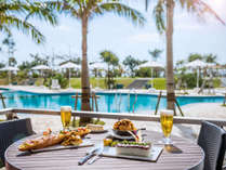 期間限定『サザンテラスカフェ』でリゾートメニューを召し上がれ♪館内利用券でもご利用可。