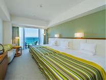 【夏のご家族旅行に!】添い寝幼児・朝食無料・ベッド3台が並ぶトリプルルーム/朝食付き