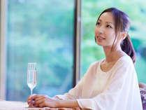 雲仙宮崎旅館プレミアム 貴賓室でシャンパン片手にラグジュアリーな1日を。シャンパン付き「ふるさと割」