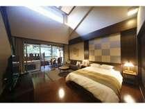 【Fタイプ】Wベッド+室内バルコニー。カップルのおふたりにおすすめの、メゾネット付洋室です