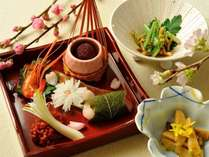 旬の素材を活かした本格会席料理をお楽しみください。