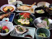 夏の夕食一例。海は貝が美味しい。野菜が枝豆が美味しい!!