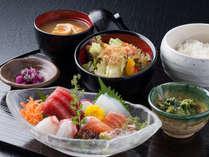 【本日の刺身御膳】熱海に来たらぜひ新鮮なお刺身をお召し上がりください!