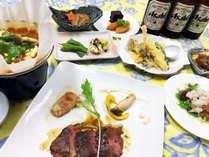 *夕食一例/お米は自家製のコシヒカリ、自家農園の野菜を使ったボリュームたっぷりのメニュー。