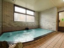 *大浴場/温泉大浴場で、足を伸ばしてのんびりつかろう。