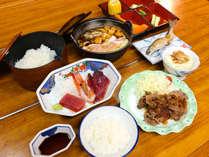 *夕食一例/家庭料理のようなどこか落ち着くメニューとなります。(※メニュー変動あり)