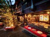 皆様ご存じの当館の外観です。黒川温泉随一の風情でお迎えいたします