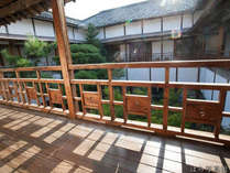 *館内一例/ひらがなで回廊に長州楼と切り抜いています。