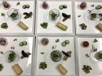 マクロビ夕食『前菜5種』。季節ごとに色鮮やかなお野菜が並びます♪