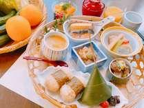 【客室で愉しむご朝食】