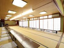 【広間】宴会等にご利用いただける、広々とした和室のお部屋です。