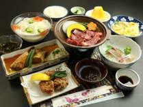 【スタンダード夕食】地産地消にこだわった、旬の食材をご賞味ください。