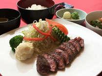 滋賀の名産「近江牛」を使ったランプステーキ(2)