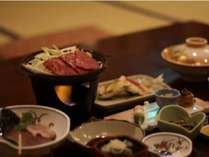 【夕食例】日光市のブランド牛「霧降(きりふり)高原牛」の陶板焼きがメインの和会席