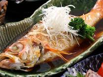 夕食部屋◆日本海魚の王様「のど黒1匹」&「焼きズワイ蟹」と山陰の幸で演出♪~ゆるり春の豪華創作会席~