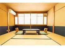 和室8畳バス・トイレなしのお部屋です。