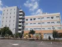 ビジネスホテルサンタ外観(新館・本館)