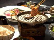 厳選された和牛を陶板焼きにて存分に味わう御膳料理