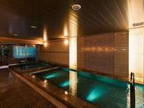 男性大浴場① 健康イオン水泉と高濃人工炭酸泉の2つの浴槽をお楽しみ頂けます(男女共)