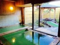 【温泉/男湯】温めのお湯でじっくり、ゆっくりお入りください