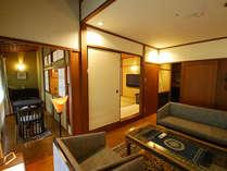 <天楽>御所坊を愛した著名人たちのゆかりの品を飾る、御所坊ならではのお部屋。