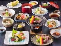 夕食の和食会席「料理長特選コース」(イメージ)